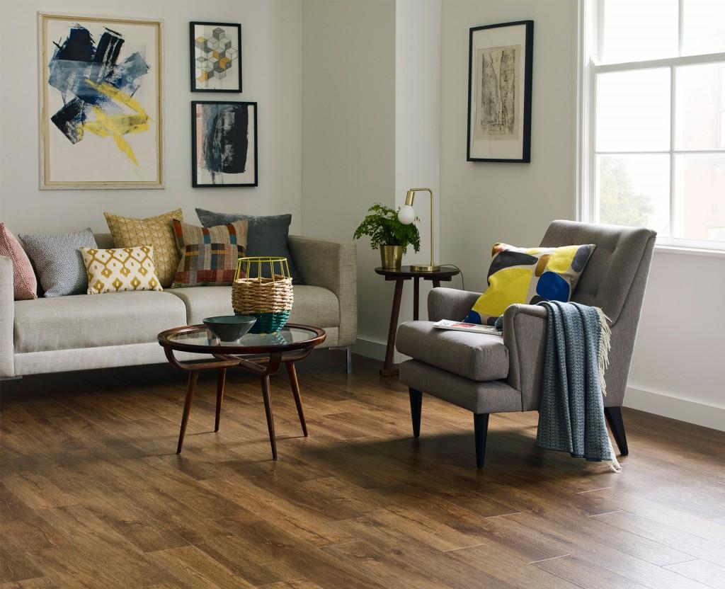 Bureau oak in stripwood laying pattern